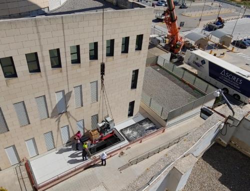 El Hospital de la Ribera recibe su nuevo acelerador lineal para tratamientos oncológicos